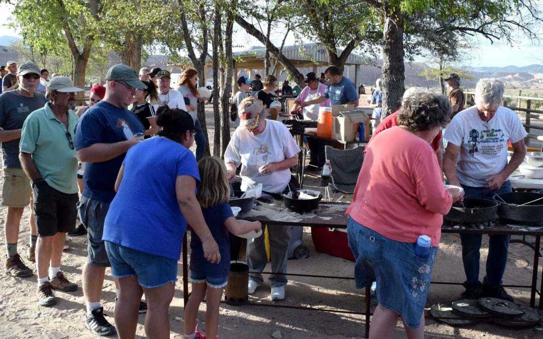 Lincoln County Record: Hundreds Enjoy Dutch Oven Dishes